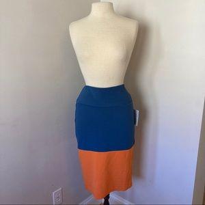 *2/15* LuLaRoe Cassie Pencil Skirt Navy Medium